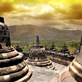Borobudur by Vincentius Hioe - Buildings & Architecture Statues & Monuments
