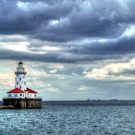 chicago harbor by Fraya Replinger - Buildings & Architecture Other Exteriors ( chicago harbor, lake michigan, lighthouse, cloudy, lake )