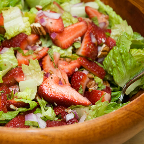 Strawberry Salad with Balsamic Vinaigrette