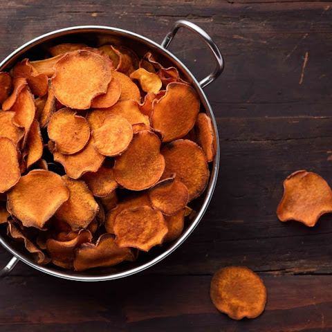 Warning! These Baked Sweet Potato Chips May Be Habit-Forming