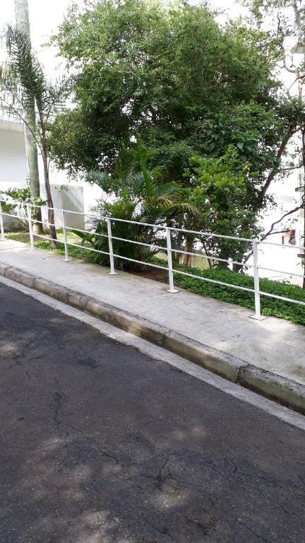 Apartamento à Venda - Granja Viana