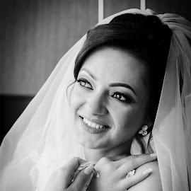 Simona by Klaudia Klu - Wedding Bride