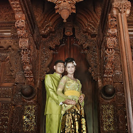 by Catur Sulistiyanto - Wedding Bride & Groom