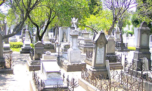 Creepy Cementery Escape - screenshot