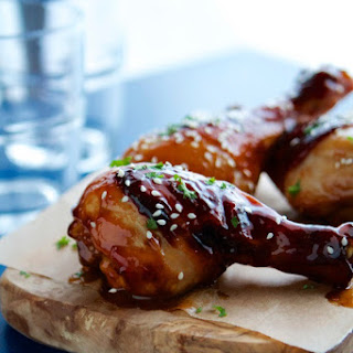 Sweet Chili Hoisin Glazed Chicken Drumsticks