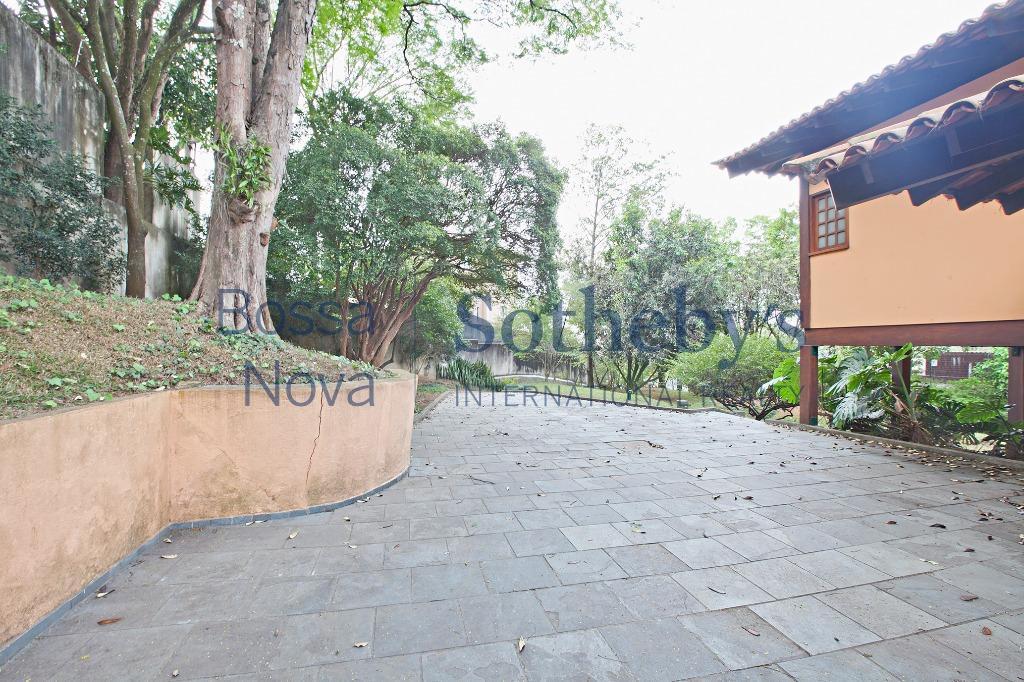 Casa residencial em rua sem saida, ótima localização no Jardim Guedala