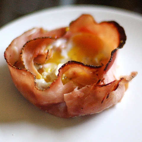 Baked Egg in a Ham Shell