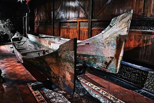 by Gesit Pinanjaya - Transportation Boats