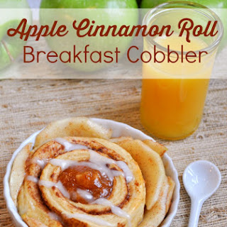 Apple Cinnamon Roll Breakfast Cobbler