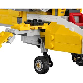 Желтые гоночные автомобили