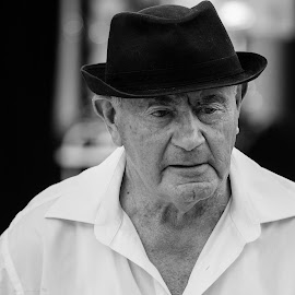 70 years of music by Annette Flottwell - People Portraits of Men ( lines of life, dennis, elderly, mono, hat )