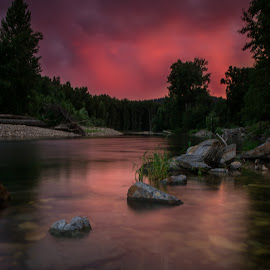 Idaho Sunset by Brent Huntley - Landscapes Sunsets & Sunrises ( brentsfavoritephotos.blogspot.com, northwest, travel, scenic, storm, landscape, kingston, tamron, photography, northern, idaho, coeur d'alene, sky, sunset, cloud, pink, nikon, river,  )