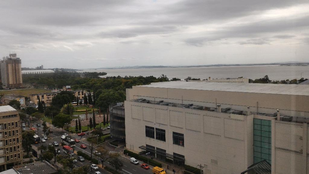 Conjunto à venda em Praia De Belas, Porto Alegre - RS