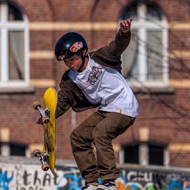 by Jim Cunningham - Sports & Fitness Skateboarding