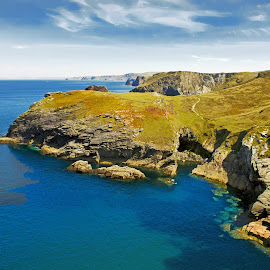 Cornish Coast Line by Steven Carpenter - Landscapes Travel