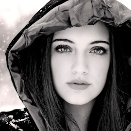 Lady Winter by Darya Morreale - People Portraits of Women ( young woman, winter, cape, snow, hood,  )