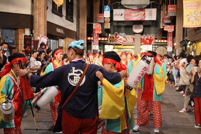 第61回よさこい祭り☆本祭2日目・はりまや橋競演場8☆上1目1417