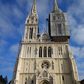 Zagreb Cathedral by Stjepan Zlodi - Buildings & Architecture Places of Worship ( sky, church, croatia, cathedral, zagreb )