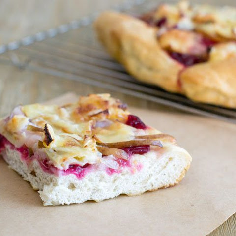 Brie, Pear and cranberry Pizza Bread