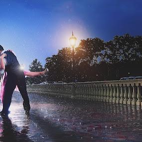 Dance in the rain by Henry Kurniawan - Wedding Bride ( rainy day, wedding, couple, philadelphia, bride, groom, rain, engagement )