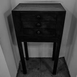 Ruben dario´s furniture by Luis Albanes - Artistic Objects Furniture ( ruben, dario, nicaragua, furniture, antique )