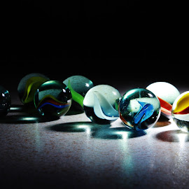 glass marbles. 9.51 by Peter Salmon - Artistic Objects Glass