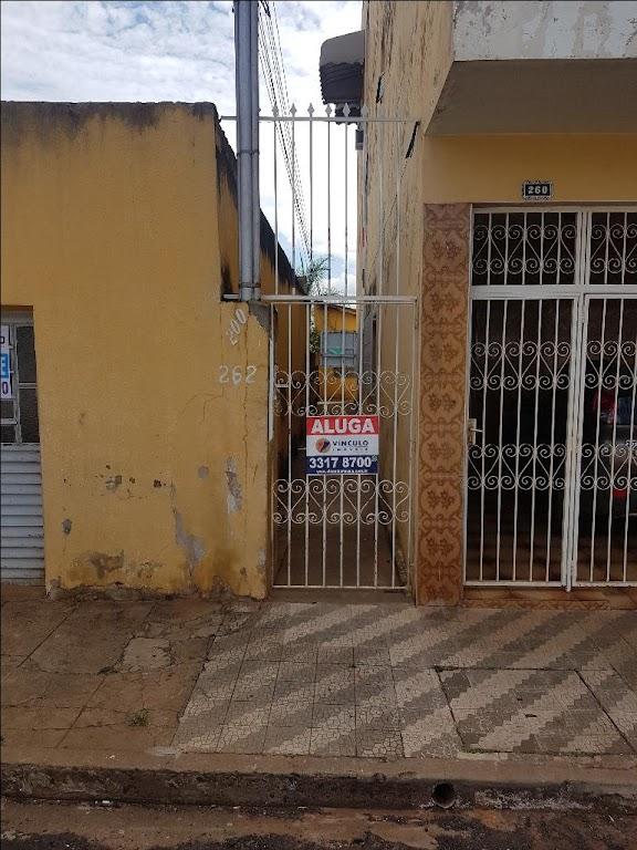 Casa com 2 dormitórios para alugar, 51 m² por R$ 550,00/mês - São Benedito - Uberaba/MG