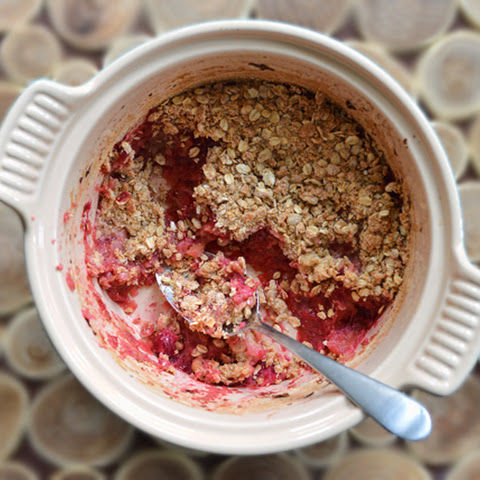 Cranberry-Apple & Maple Crumble with Cranberry Sauce