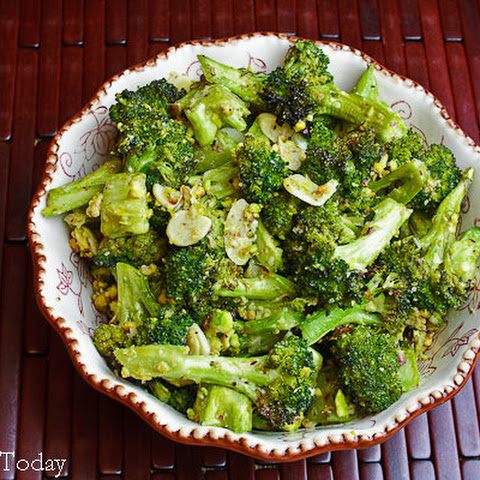 Tuscan Roasted Broccoli