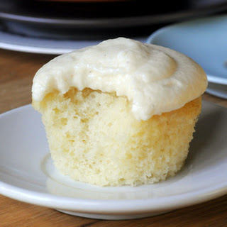 Vanilla Buttermilk Cupcakes Recipes