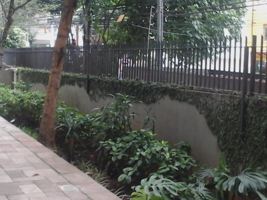 Jardins com duas vagas de garagem