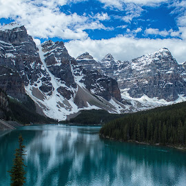 Moraine Lake by Joe Chowaniec - Landscapes Mountains & Hills ( mountains, canada, nature, lake, landscapes, banff, moraine lake )
