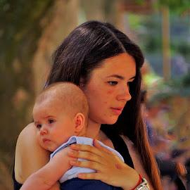 ..kao da je s neba pala pred mene na Zrinjevcu..... by Katica Pecigoš-Kljuković - People Maternity ( stari auti cest is the best )