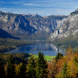 Bohinjsko jezero by Bojan Kolman - Landscapes Travel (  )