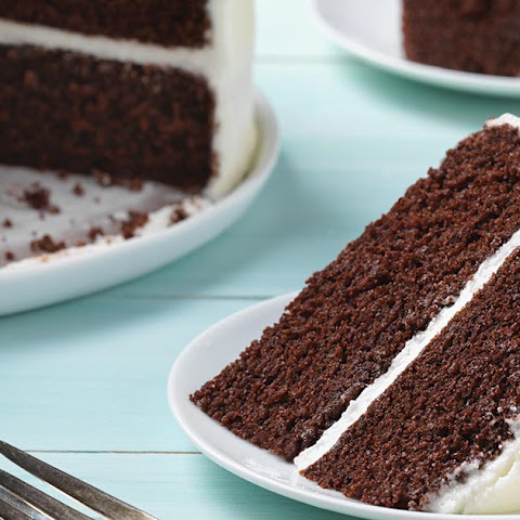 Simple and Rich Chocolate Cake