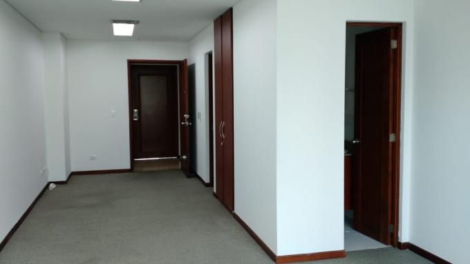 oficinas en arriendo el tesoro 755-7765