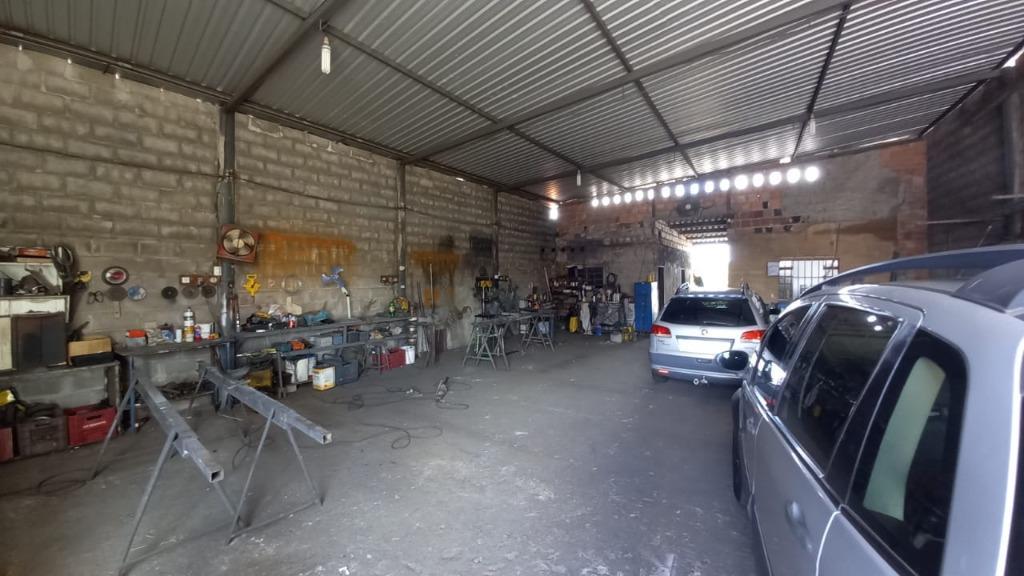 Galpão à venda, 165 m² por R$ 160.000,00 - Tutunas - Uberaba/MG