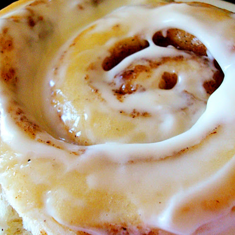 Vanilla Pudding Cinnamon Rolls with Cream Cheese Frosting