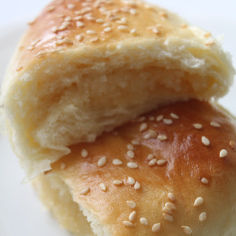 Chinese Coconut Buns (aka Honey Buns)