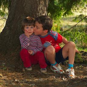 ...just kiss by Ioan-Dan Petringel - Babies & Children Children Candids