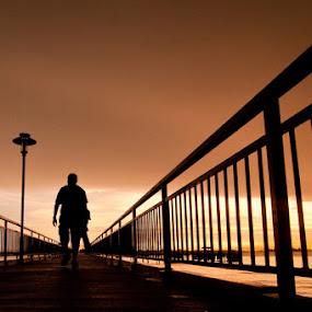 Catching the Sunset by Mario Wibowo - City,  Street & Park  Street Scenes ( mario wibowo, nikon, singapore, fotorio )