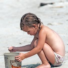 On the Beach by Sylvester Fourroux - Babies & Children Children Candids ( KidsOfSummer )