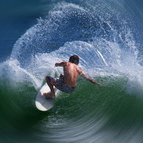 by Bruce Porter - Sports & Fitness Surfing