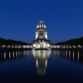 monument of the battle of the nations by Jessica Horn - Buildings & Architecture Statues & Monuments ( reflection, leipzig, denkmal, night, long exposure, germany, monument, scruffybread, evening )
