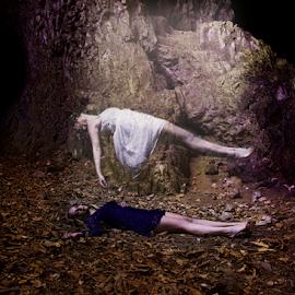 Levitation by Laurent Jacquemyns - Digital Art People ( mort, levitation, death, belgium, chica-mel )
