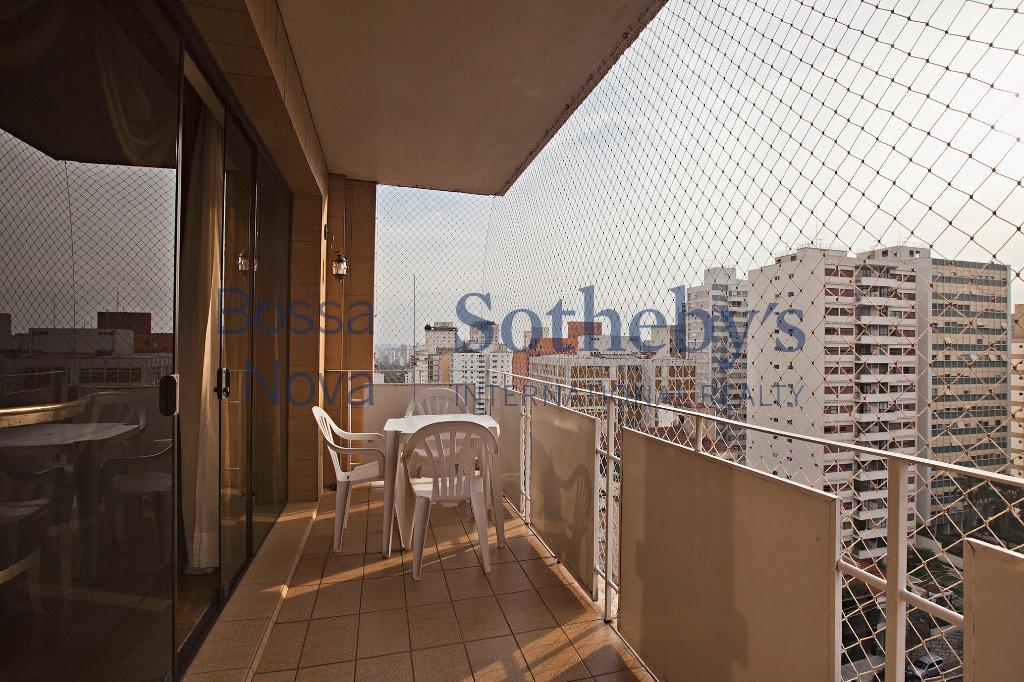 Apartamento em andar alto com ótima vista