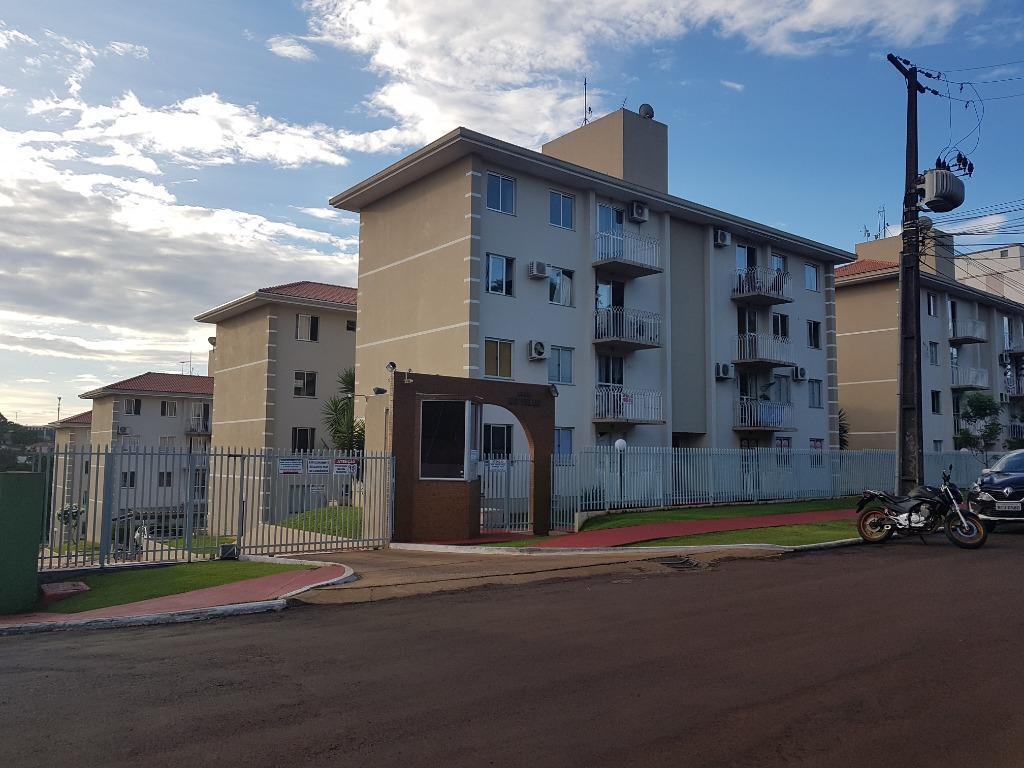 apartamento com três quartos