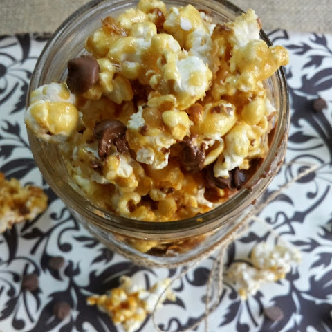 Chocolate Chip Caramel Corn