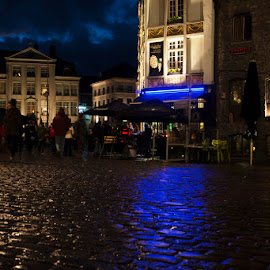 by Dominique Demeulemeester - City,  Street & Park  Night
