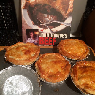 Aussie Meat Pies With Pea Soup